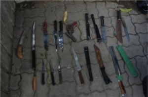 Weapons used in students' fights include knives, machetes, and even guns - Bangkok Metropolitan Police Bureau