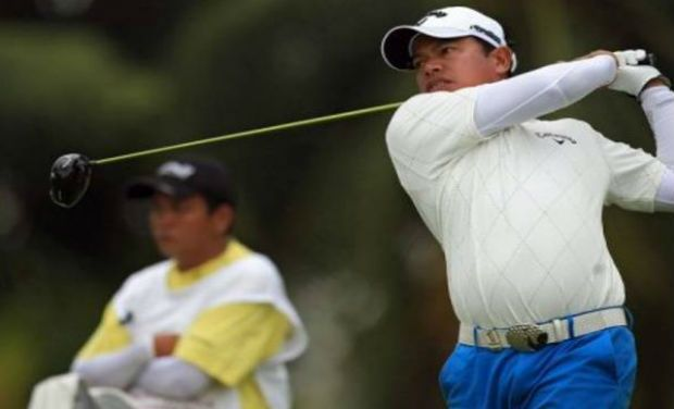 Thailand's Prayad Marksaeng maintained his title charge at the inaugural Chiangmai Golf Classic presented by PTT