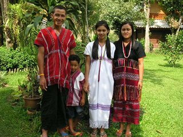 I have been a guide for many years in Chiang Mai and in Chiang Rai. Ten years ago we have build our guesthouse, our dream (guesthouse) next to the home-village of my wife's family.