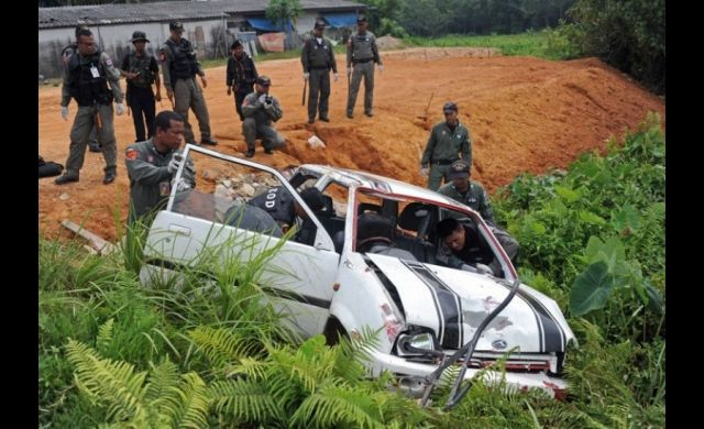 A spate of bomb and gun attacks in southern Thailand left eight people dead despite peace efforts. Read more: http://www.news.com.au/breaking-news/world/spike-in-violence-tests-thai-peace-efforts/story-e6frfkui-1226684566244#ixzz2ZyLJOgPl
