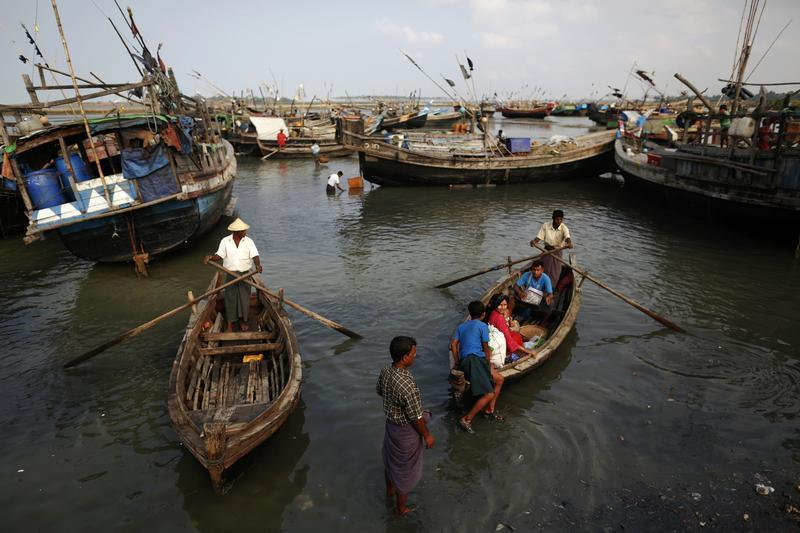 Rohingya are tricked into slavery on Thai Fishing boats