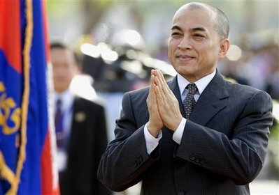 King Norodom Sihamoni brought Prime Minister Hun Sen face-to-face with the head of the opposition for the first time in years on Saturday