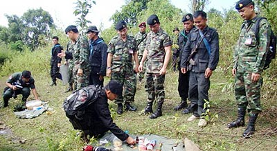 On Tuesday, a police officer was killed and two others wounded in a gun battle with drug traffickers, in a forest in tambon Wiang of Chiang Rai's Wiang Pa Pao district.