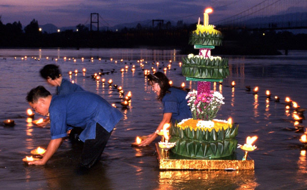 Chiang Rai Loy Krathong is celebrated by floating ornate lanterns, Krathong, into rivers and ponds, as a gesture of gratitude expressed to the river goddess Kong Kha