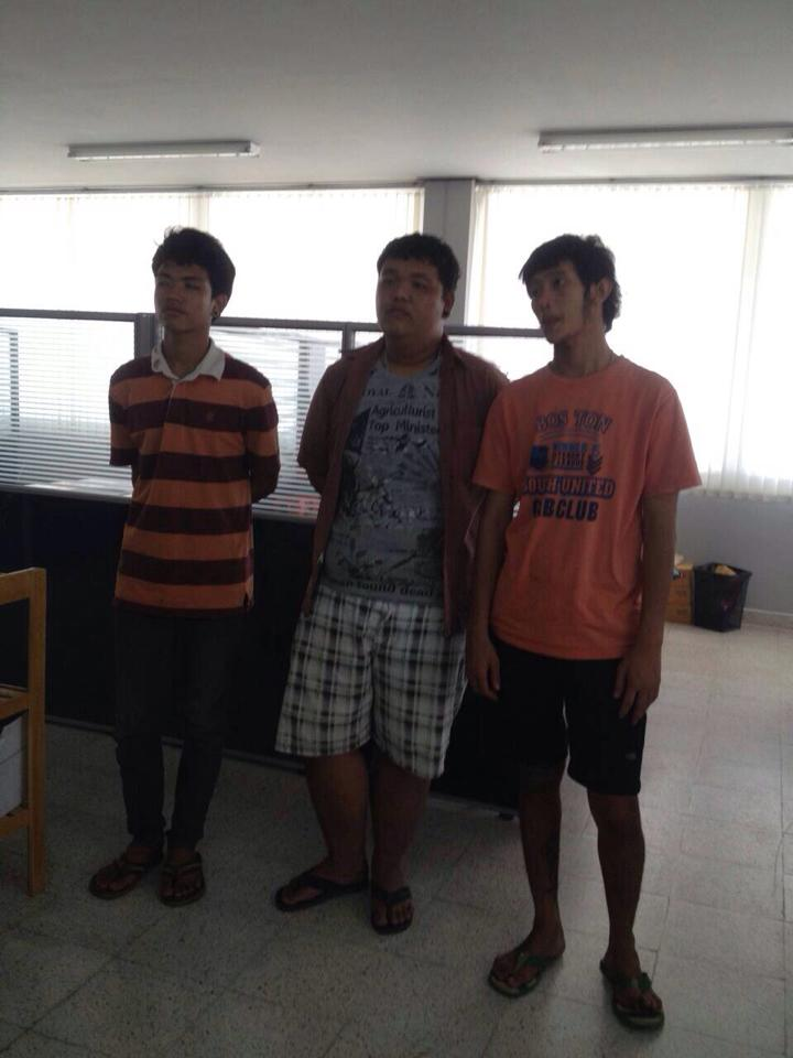 Three suspects between ages 15 and 17 were arrested after the incident in the Green Mango Soi in Chaweng