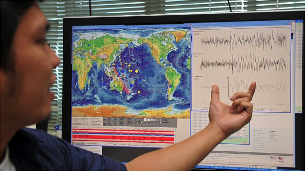 The Seismological Bureau under the Meteorological Department reported that the quake originated about 14 kilometers northwest of Chiang Rai province and was 13 kilometers deep.
