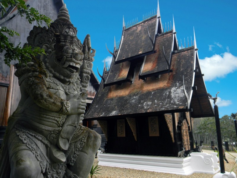 he interior of Baan Dam (Black House) built by Thawan Duchanee shows off his dark and wild side.