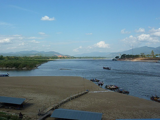 Dry scene of the Mekong River in Chiang Saen