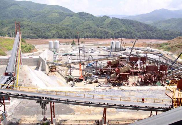 Laos's Xayaburi hydropower dam enters its final, potentially irreversible stages of construction