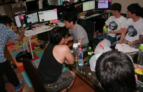 Seven South Korean nationals were arrested on charges of operating an illegal sports betting network. Investigators said the gang had operated in Bangkok for more than three years