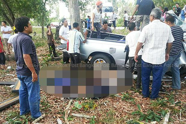 Nine young students killed when pickup hits tree - Post Photo