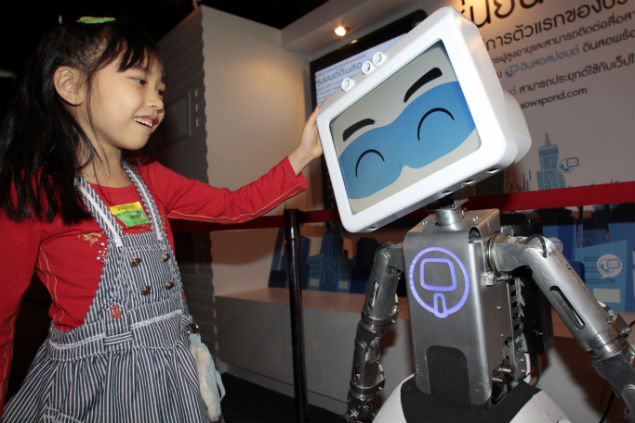 Din Sor 2, a robot developed by Thai engineers, is introduced at the Thailand Pavilion. Supported by the National Innovation Agency, the robot is designed to help assist patients and elderly people.