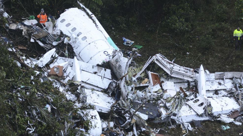 Rescue workers at the wreckage of an airplane that was carrying the Brazilian soccer club Chapecoense when it crashed outside Medellin, Colombia